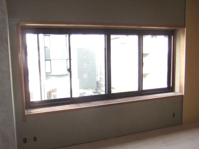 2枚引違窓から4枚建へ